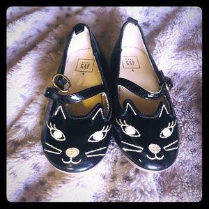 GAP Toddler cat dress shoes
